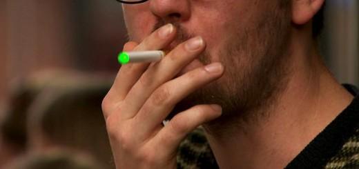 140827133822_ecigarettes_640x360_bbc_nocredit