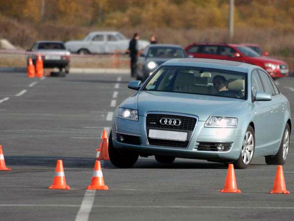 Подборка видео об уроках экстремального вождения