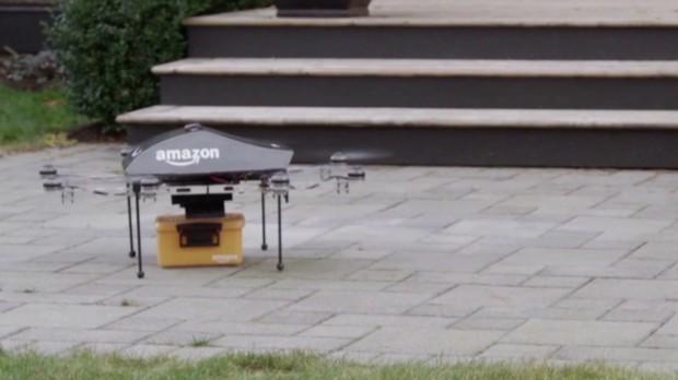 Совершив покупку на сайте, вы можете получить товар, который вам доставят дроны Амазон в течении 30 минут.