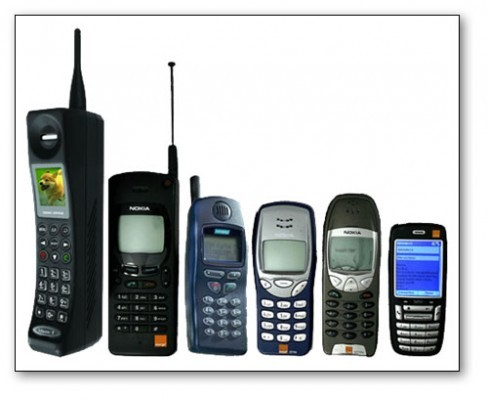 old-cell-phone-models-488x400