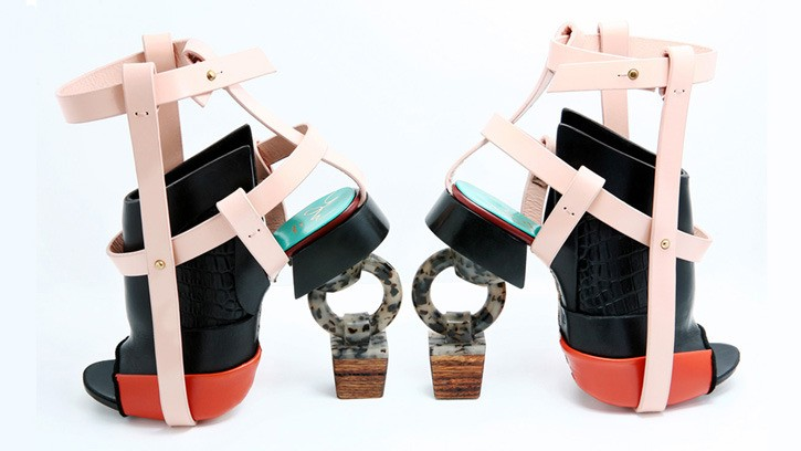 content_c8-Photo--Courtesy-of-The-Virtual-Shoe-Museum.-Shoes-by-Artist-Youngwon-Kim.-With-permission